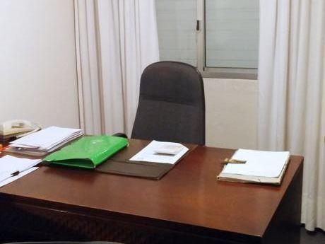 Vivienda  U Oficina . 3 Dormitorios U Oficinas - Centro