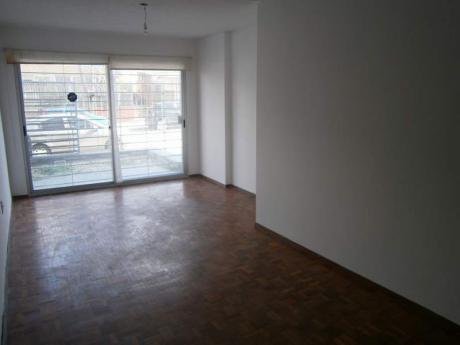 Apartamento 2 Dormitorios Patio C/ Parrillero Gge Puerto Del Buceo