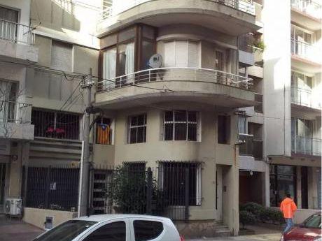 Manuel Pagola, A 40 Metros Del Mar, Duplex, Si Banco