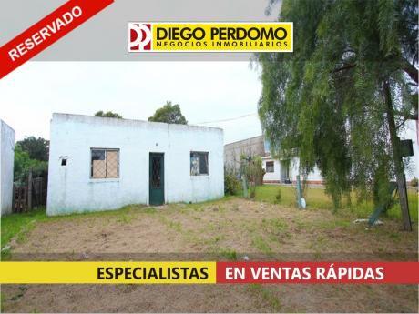 Casa En Venta, 1 Dormitorio, Ciudad De Libertad.