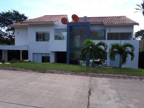 Linda Casa En La Cañada Del Urubo