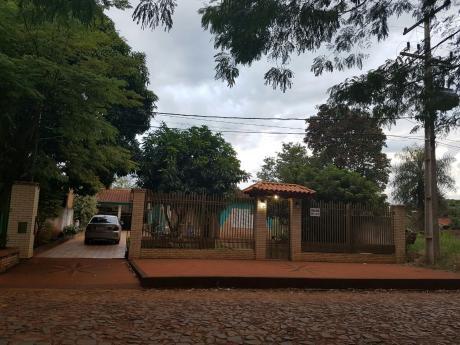 Vendo Casa  En Ciudad Del Este  Barrio San José