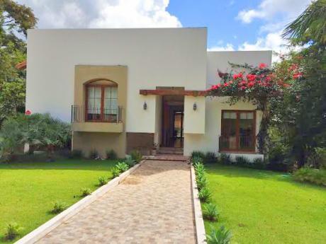 Casa En Venta O Alquiler En Urubo Green