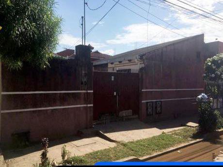 Casa En Venta Santos Dumont 4 Y 5to Anillo