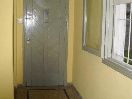 Juan Jacobo Roussou,casa Tipo Apto, 2 Dorm,50mts,cocina Definida