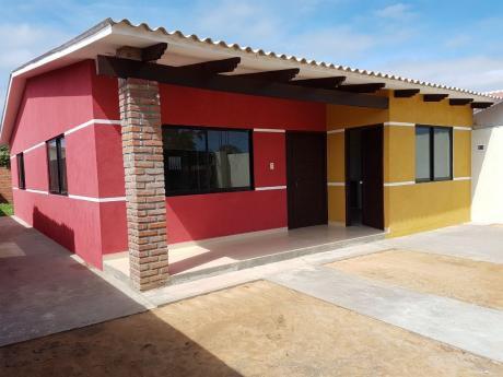 Bella Casa A Estrenar En Venta En Santa Cruz Zona San Jorge