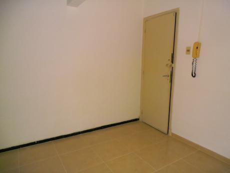 1777 Apartamento Buceo  Un Dormitorio Proximo A Centros De Estudio