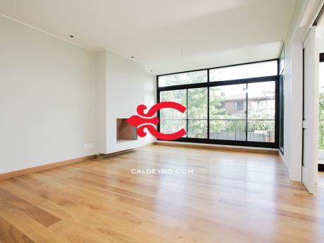 Apartamento En Venta En Carrasco Ref: 5308