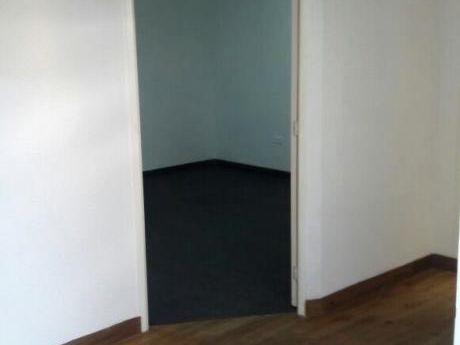 Oficina Amplia En Equiperol