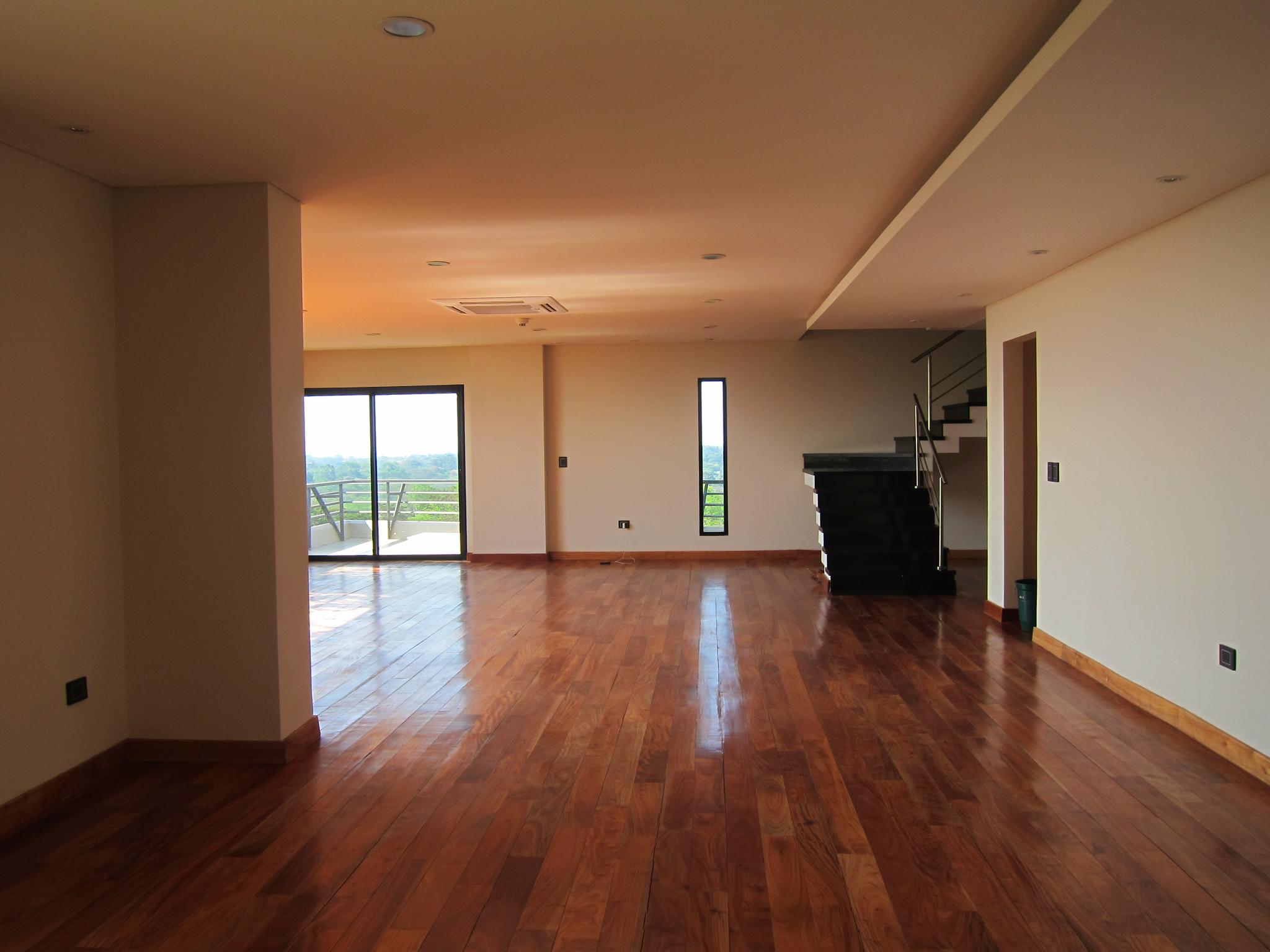 Alquilo O Vendo Departamento De 3 Dormitorios En Suite De 440 M2