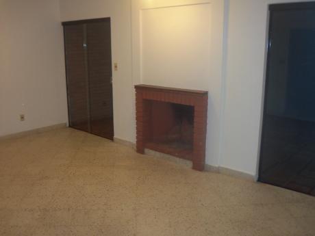 Bº Los Laureles Duplex De 3 Dormitorios