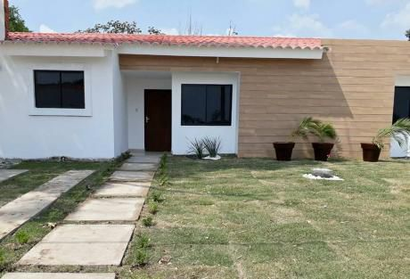 Linda Casa En Urb. San Jorge