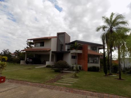 Casa En Alquiler, Urbanización Colinas Del Urubo Sector 1
