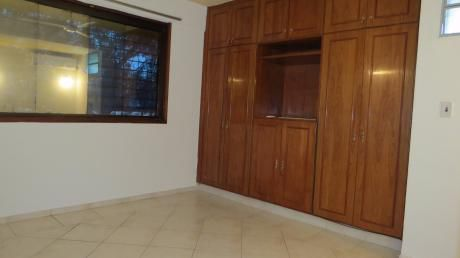 Departamento De 2 Dormitorios Zona Santa Rosa Y EspaÑa