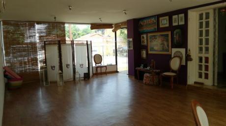 Casa Toda En Planta Baja, Zona Marlboro / Shopping Del Sol