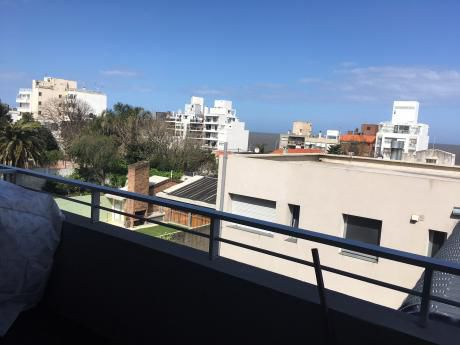 Mono Ambiente Con Terraza Y Vista