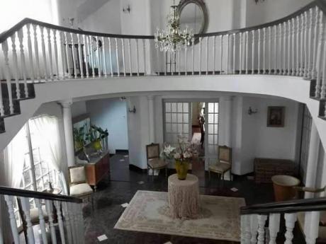 Casa En Venta De Lujo Achumani