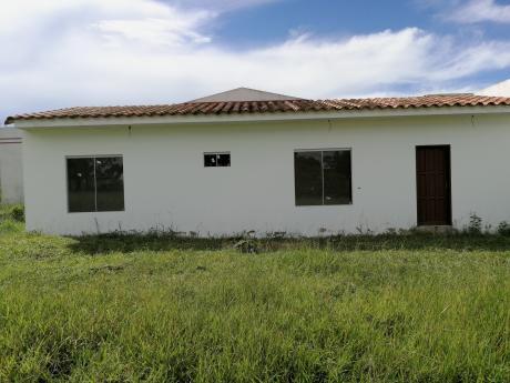 Casa En Urbanización Abierta La Herradura