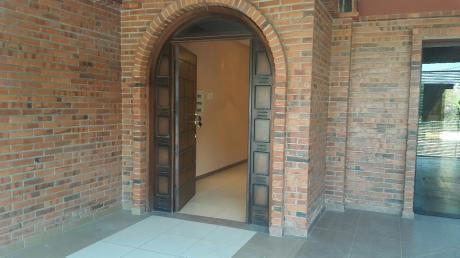 Alquilo Amplio Duplex Bo Ykua Sati
