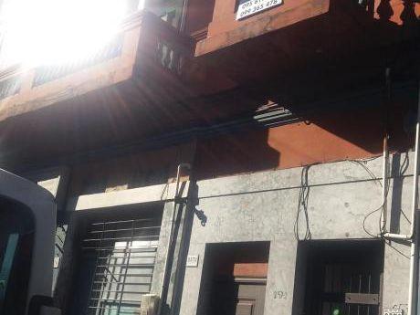 Casa De Altos En Aguada-4 Dormitorios
