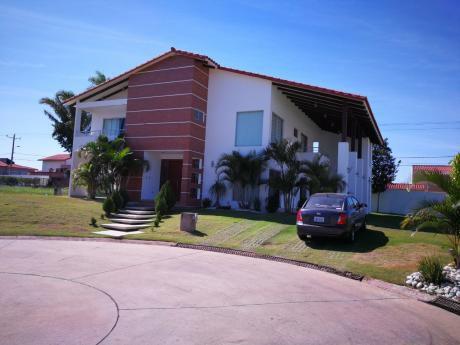 Vendo Hermosa Casa En El Urubo Sector La Cañada