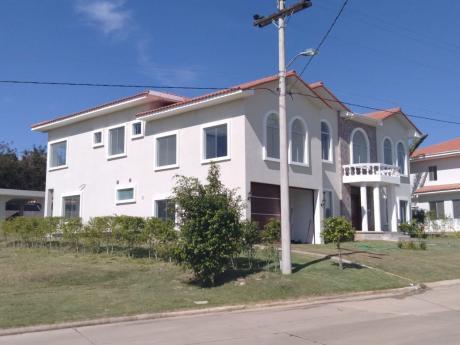Casa En Venta Urubo Golf Country Club