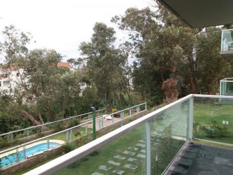 Excelente Inversión- DueÑo Vende - Apartamento Playa El Águila - Piscina
