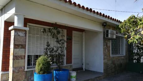 Casa 3 Dormitorios En Villa Colon