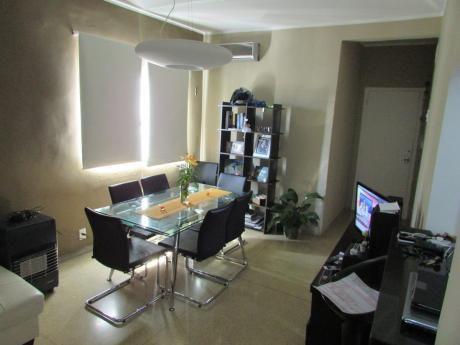 Hermoso Apartamento Como Nuevo ( Pocitos Nuevo )