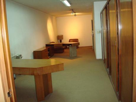 Rincón - Oficina De 95 Mts - 4 Ambientes.