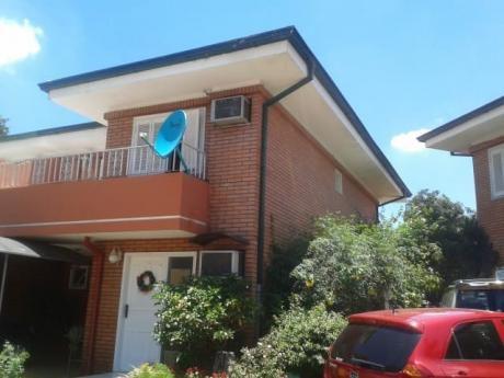 Tierra Inmobiliaria - Hermoso Duplex En Barrio Cerrado! Bo. San Pablo!