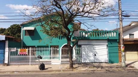 ¿busca Una Casa Sobre Avenida Para Negocio, Restaurant O Empresa?