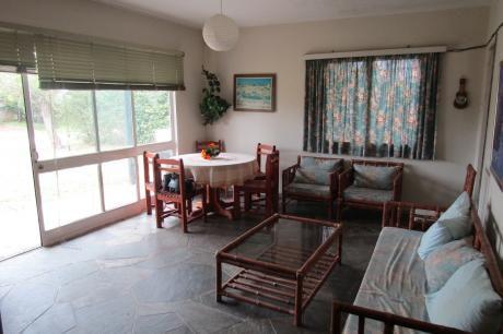 **reservada**preciosa Casa 2 Dormitorios En Las Toscas