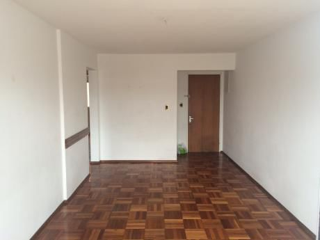 Bonito Apartamento En Buceo
