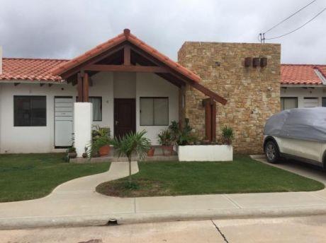 Hermosa Casa En Zona Norte