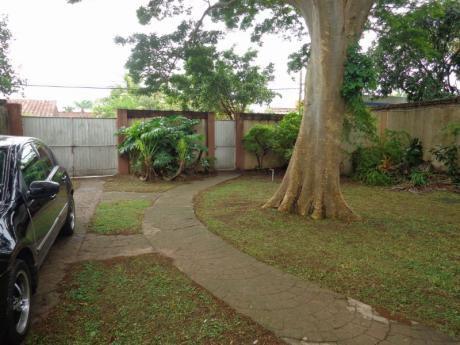 Av. Beni 5to Anillo  Casa Con Amplio Terreno En Venta