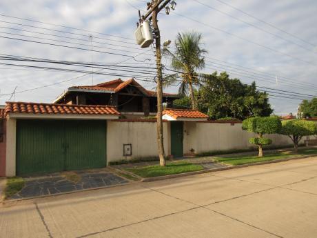 Casa En Venta - Av. Santos Dumont 5to Anillo Y Av. San Pablo