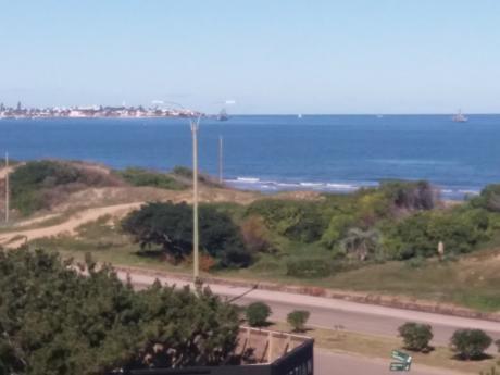 Apartamento Sobre La Mansa Con Vista Directa Al Mar