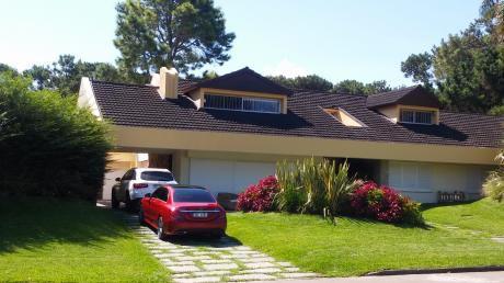 Impecable Casa En El Corazón De Las Paradas