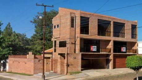 Capital Alquila/vende Duplex En Carmelitas A Metros Del Curda.