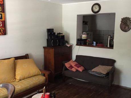 Invierta Seguro! 3 Dorm. Parque Rodó, Acepta Banco Y Permuta. Usd 148.000