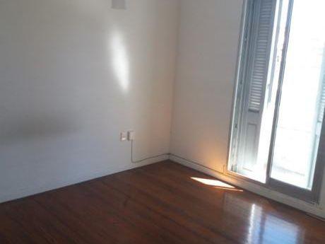 Apartamento Reciclado En Cordon. 2 Dormitorios