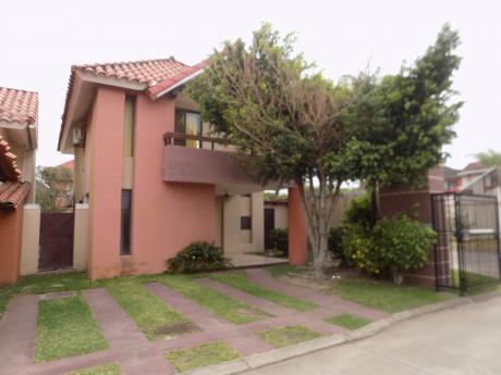 Casa En Alquiler 7mo Anillo Av. Banzer Condominio Paladio