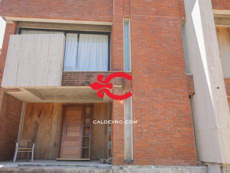 Casa En Carrasco. Ref: 5629