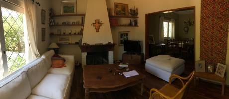 Casa En Malvin, Tres Dormitorios Y Escritorio. Patio Y Garage