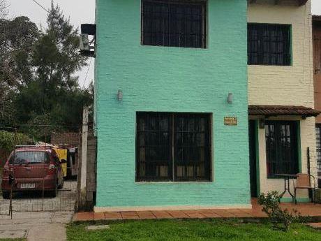 Precioso Duplex De 2 Dormitorios Sobre Avenida Asfaltada!!