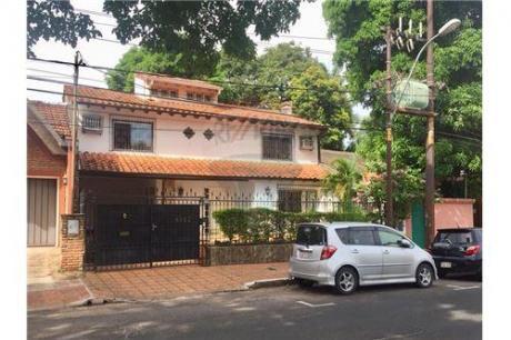 Alquilo Amplia Casa En Villa Morra!!!
