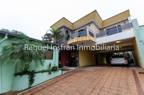 Alquilo Casa Para Oficina O Vivienda
