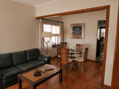 Venta de casas en montevideo for Casas de muebles en montevideo