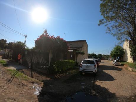 Alquilo Casa De 3 Dormitorios En Lambaré